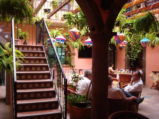 Hotel Mansion Virreyes: Planta baja