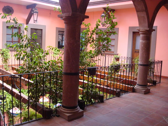 Hotel Mansion Virreyes: Primera planta