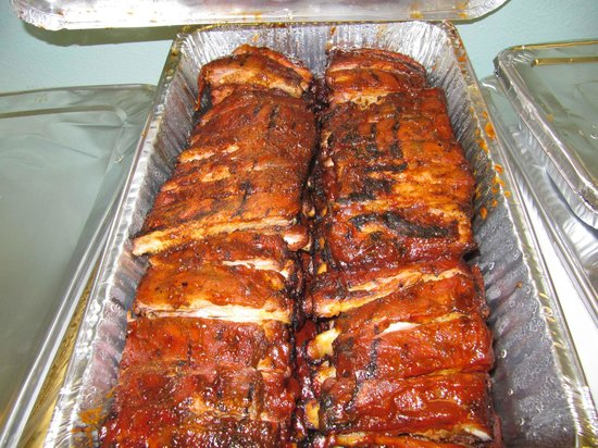 Famous Dave's: Lots of tasty ribs