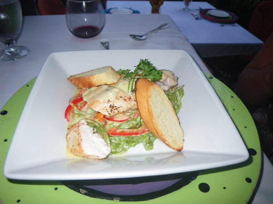 The Bonefish Grille at the Singing Sands Inn: Chicken