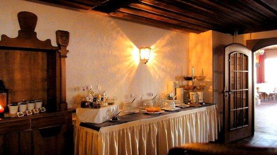 Riffelhaus 1853: 朝食ブッフェ