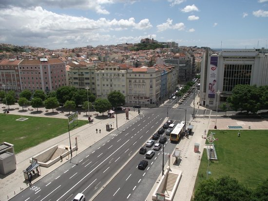 Fonte Luminosa: Vista da avenida