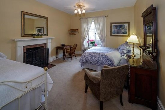 Rosemount B&B Inn: The Anne Earl room - Pyjama Party room
