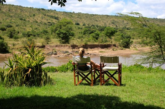 Karen Blixen Camp: Relaxing after lunch on the grounds facing the river.