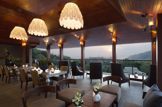 Rendez-Vue Rooftop Restaurant