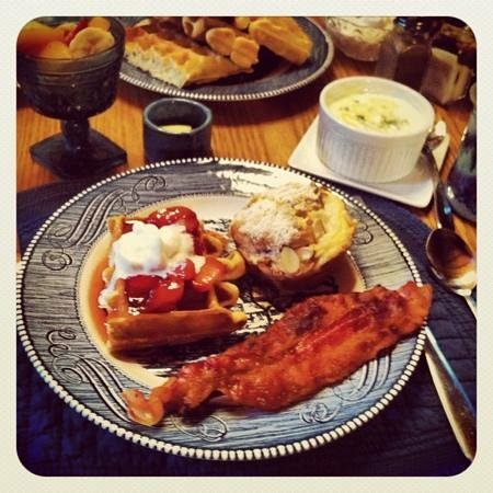 Glade Valley Bed and Breakfast: amazing country breakfast!