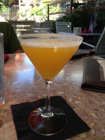 River's Edge : martini