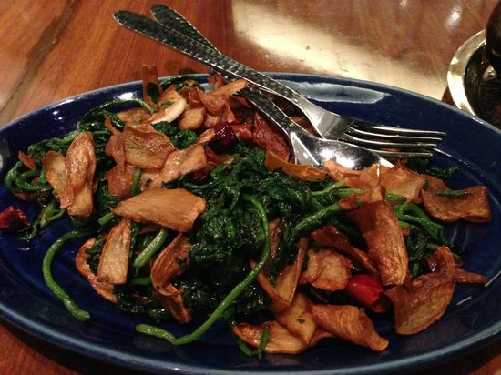 China House : Fried Spinach with Mushrooms