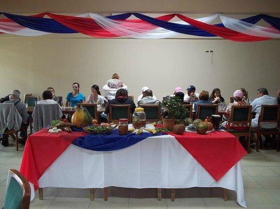 Don Luis Restaurante: Decoracion de mesa