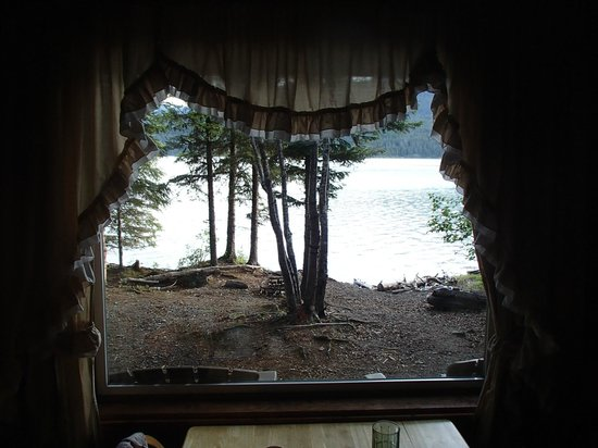 Renfro's Lakeside Retreat: view from dining area