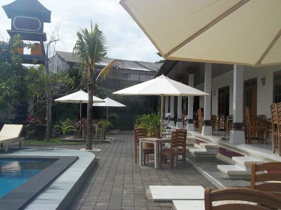 Warung Coco Guesthouse & Bungalows: resting area