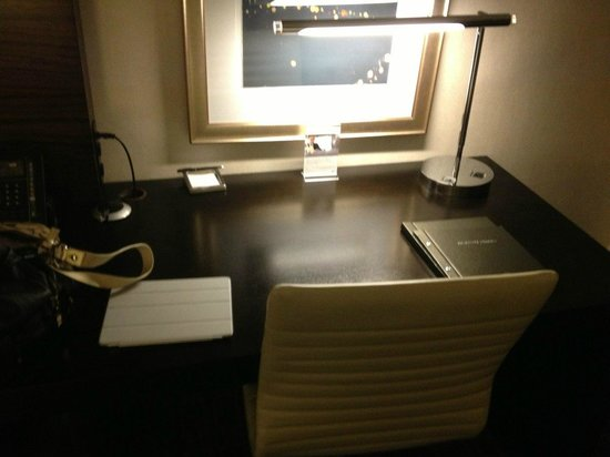 Hilton Atlanta Airport : Desk