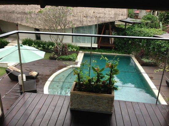 The Samata : Pool
