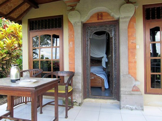 Taman Indrakila: front porch of my bungalo
