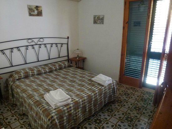 Hotel Odissea: Camera con balcone