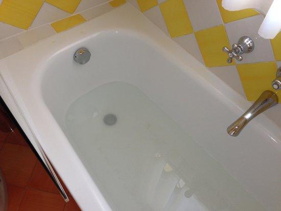 Vasca Da Bagno Otturata : Vasca da bagno intasata picture of miramare e castello hotel