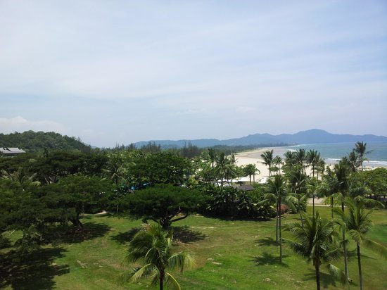 Shangri-La's Rasa Ria Resort & Spa: Deluxe Garden room view