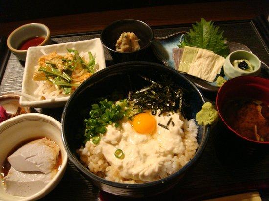 Yubanzaikomameya : ゆば丼定食