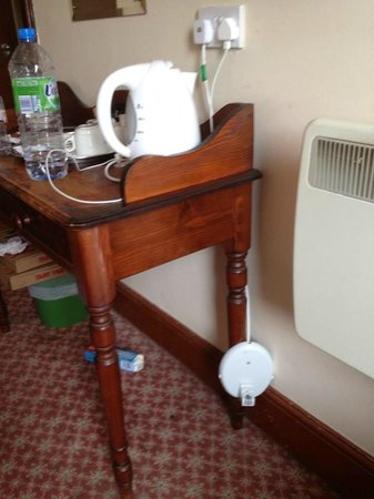 The Green Man Hotel: Old kettle base