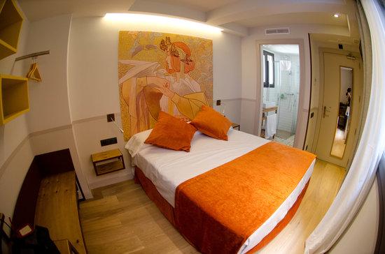 Casa bella gracia updated 2016 hotel reviews price comparison barcelona catalonia - Casa bella gracia ...