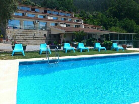 Hotel Lagoa Azul do Geres : hotel lagoa azul do gerês