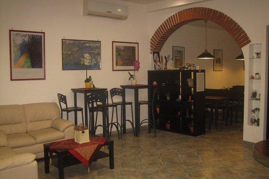 Ristorante osteria nicolosi in latina con cucina cucina for Cucina giudaico romanesca