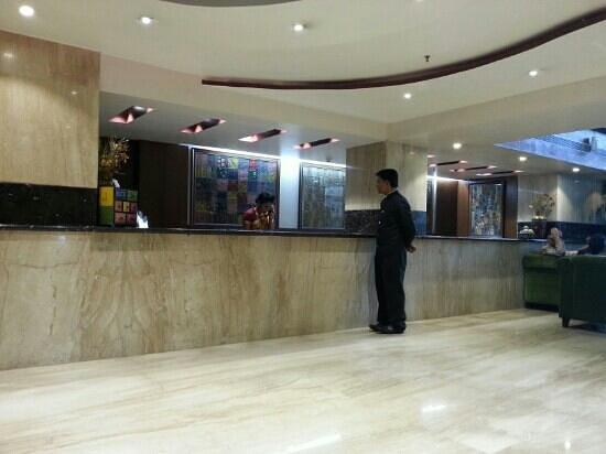 Luminous One Continent : Lobby reception