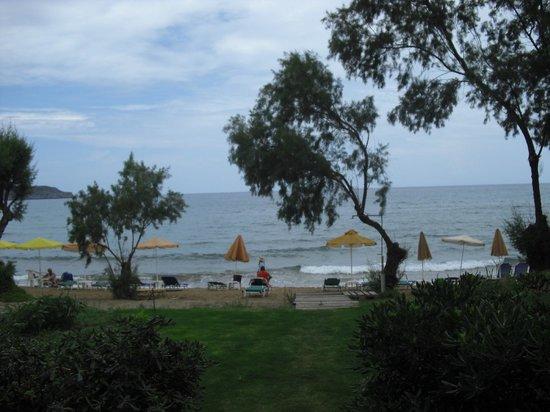 Hotel Kato Stalos Beach: spiaggia