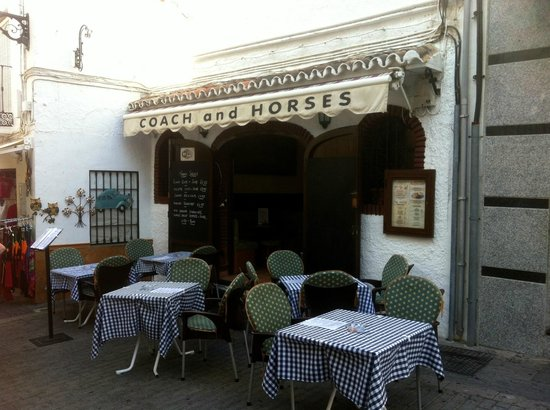 The Coach and Horses - exterior