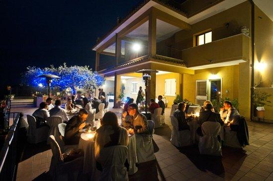 The Lemon Tree: Wedding dinner