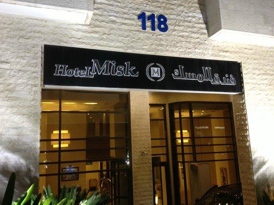 Hotel Misk: Hotel Entrance