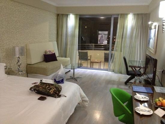 Atrium Platinum Hotel: delux room