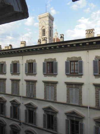 Magnifico Messere: La vista dalla finestra della stanza (Campanile di Giotto)