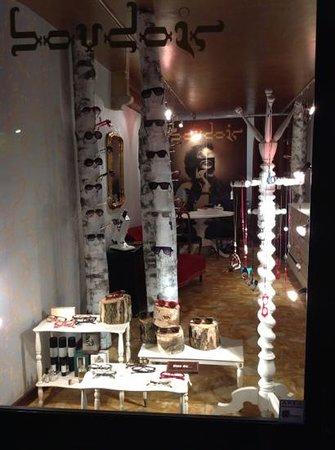 Boudoir Galleria Ottica: Inserisci didascalia