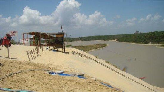 Casa Dona Rosa: un lac  pres de cumbuco ,tres familial