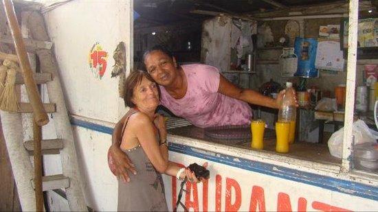 Casa Dona Rosa: une rencontre  dans un village  pres de cumbuco , on y boit des jus fait maison , et un potager