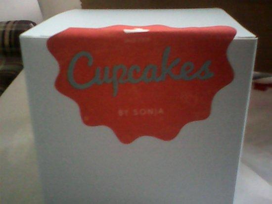 Cupcakes by Sonja: Cupcake Box :D