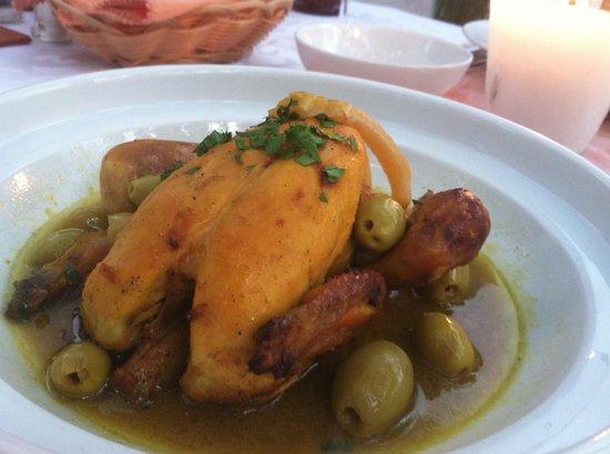 Riad Clementine: chicken tagine