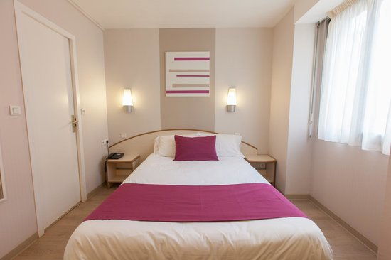 Logis Institut Hotel : Chambre double