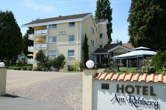 Hotel Am Rehberg: Hoteleinfahrt