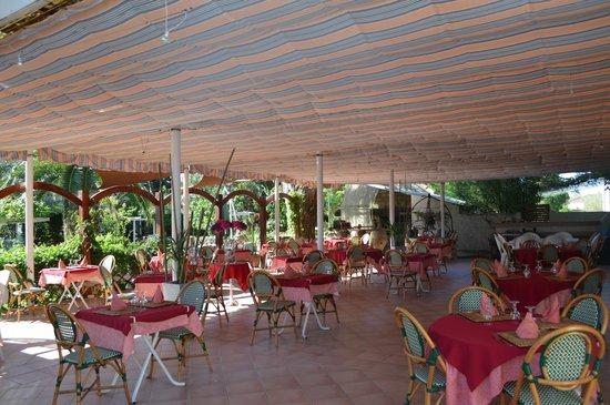 L Espadon Restaurant