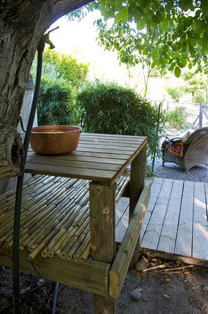 Andalucia Yurts: Garden of Walnut yurt