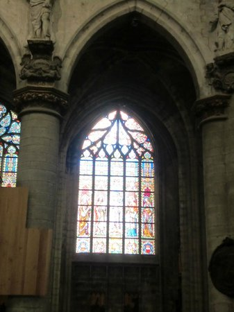 Notre Dame du Sablon : Vetrate policrome