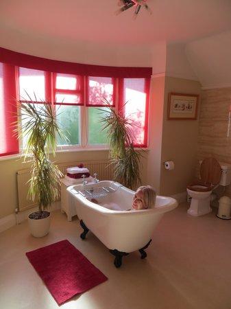 The Old Manse: Egerton Suite Bathroom