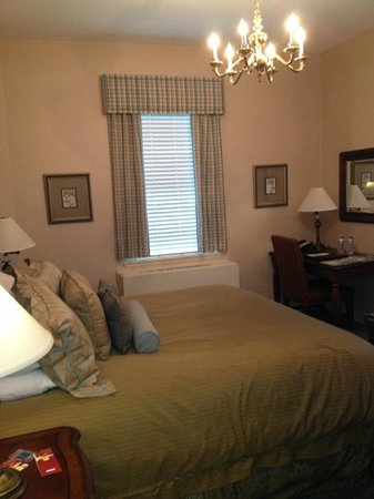Exeter Inn: Room 101