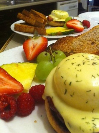 Rendell - Shea Manor: Eggs Benedict