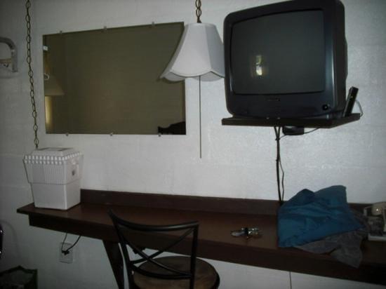 7 West Motel Photo