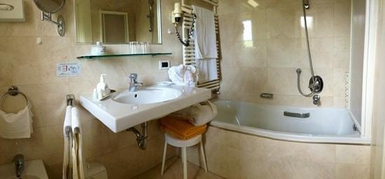 Hotel Meranerhof: bagno