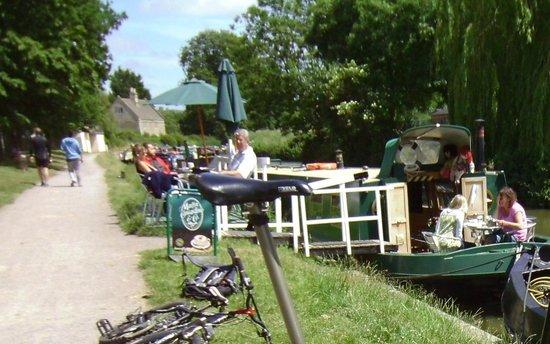 Cafe on the barge, bathampton UK, jul 2013