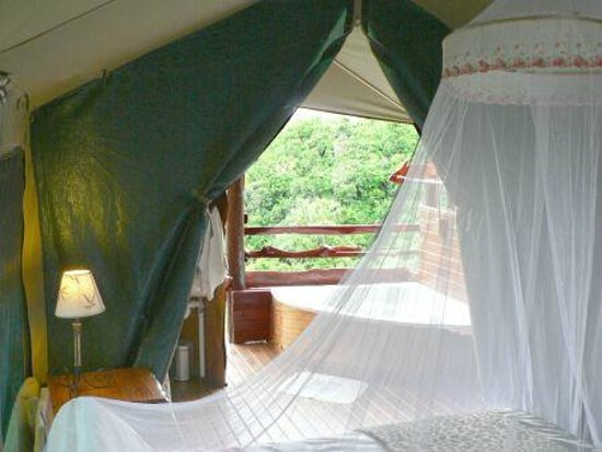 Teniqua Treetops: Comfy rooms with spa bath on the deck
